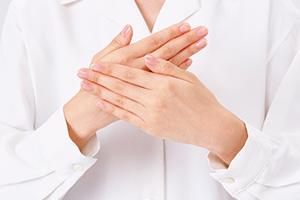 医薬、製薬分野では、Ph.D.を有するスタッフも数多く在籍しています